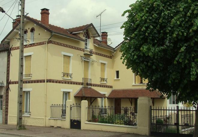 rue J.J.Rousseau, chez Sansois