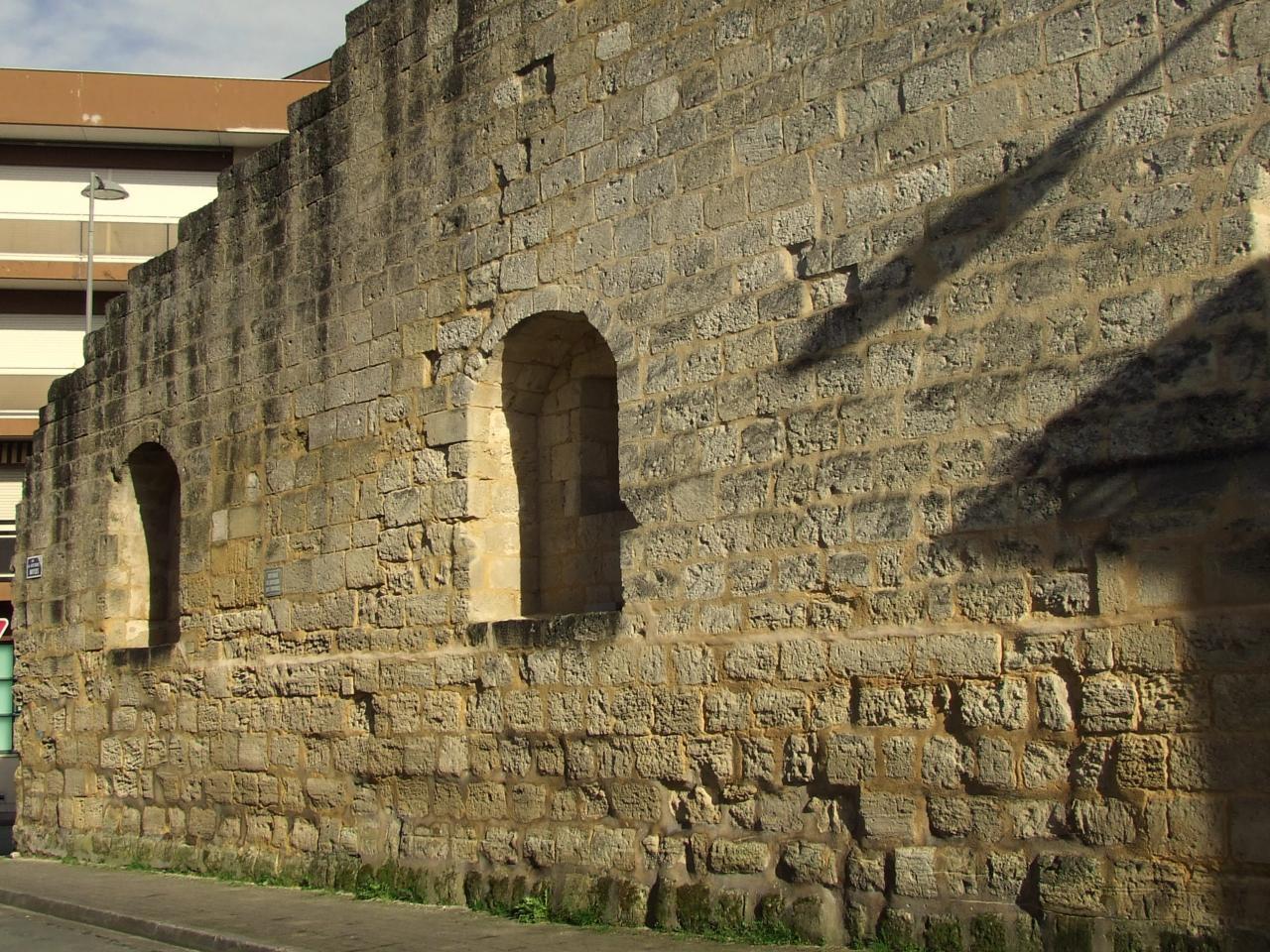 ancien rempart, rue du Docteur Moyzes