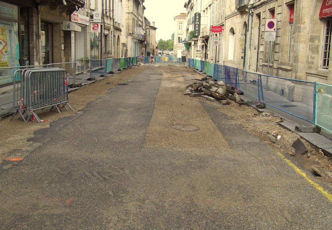 Rue Fonneuve.