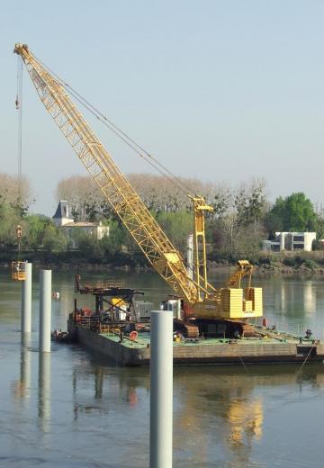 un nouveau ponton sur la Dordogne