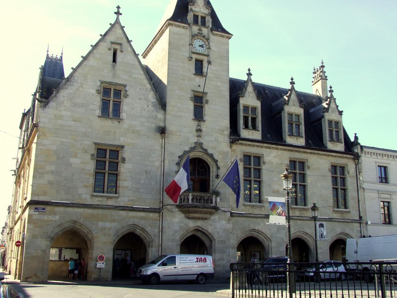 Libourne, l'Hôtel de Ville